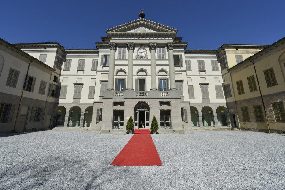 Il comune presenta il progetto di riqualificazione di for Galleria carrara bergamo
